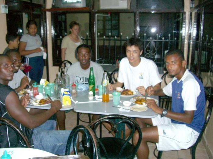 2006年10月。Yojiついにホンジュラスに帰る!! 0049