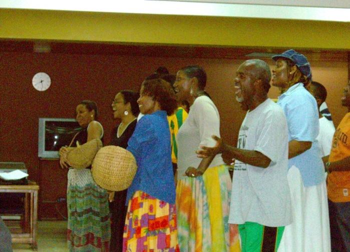 2006年11、12月。ジャマイカ最強チームの一つ「Port more United」合流!! 031