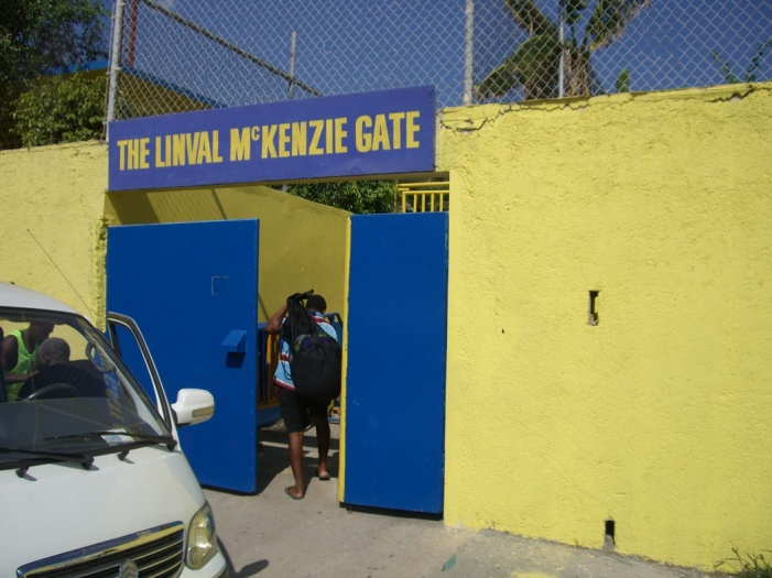 2006年12月!ジャマイカ最強チームの一つ「Harbour View」合流&ジャマイカとの、しばしのお別れ!! 035
