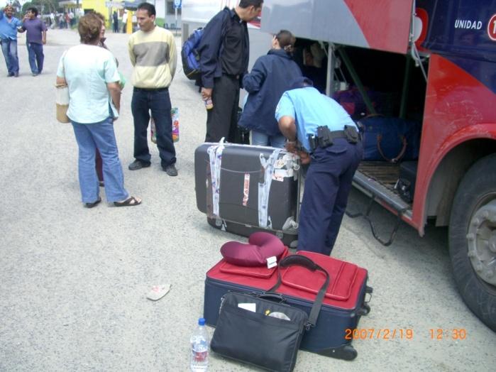 2007年2月19日(月)。ついに「パナマ行き」当日!「TICA BUSツアー」スタート!無事、Nicarag (11)