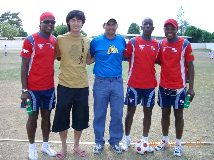 2007年2月24日(土)フリオ&ホルへ・デリー・バルデス、ドナルド・ゴンサレス、ペルシバル…パナマ・サッカー界の4大巨