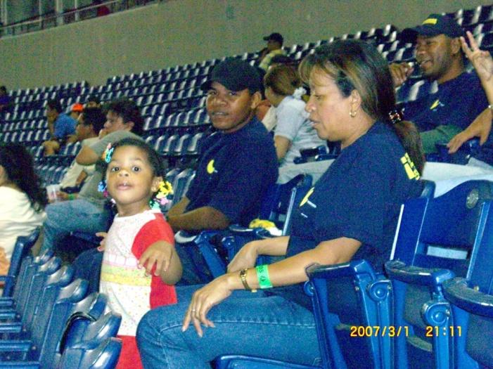 2007年2月。パナマ・シティーで野球観戦!!などなど…。 080